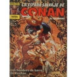 """CONAN.LA ESPADA SALVAJE DE CONAN. Núm. 49. """"Los hombres de barro de Keshan""""."""
