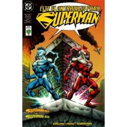 SUPERMAN ROJO VS. SUPERMAN AZUL
